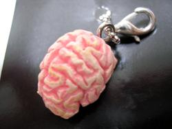 脳みそストラップ